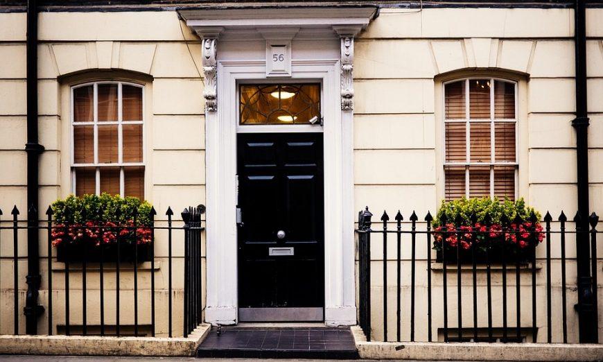 Tips Memilih Pintu Baja untuk Rumah - lamudi.co.id