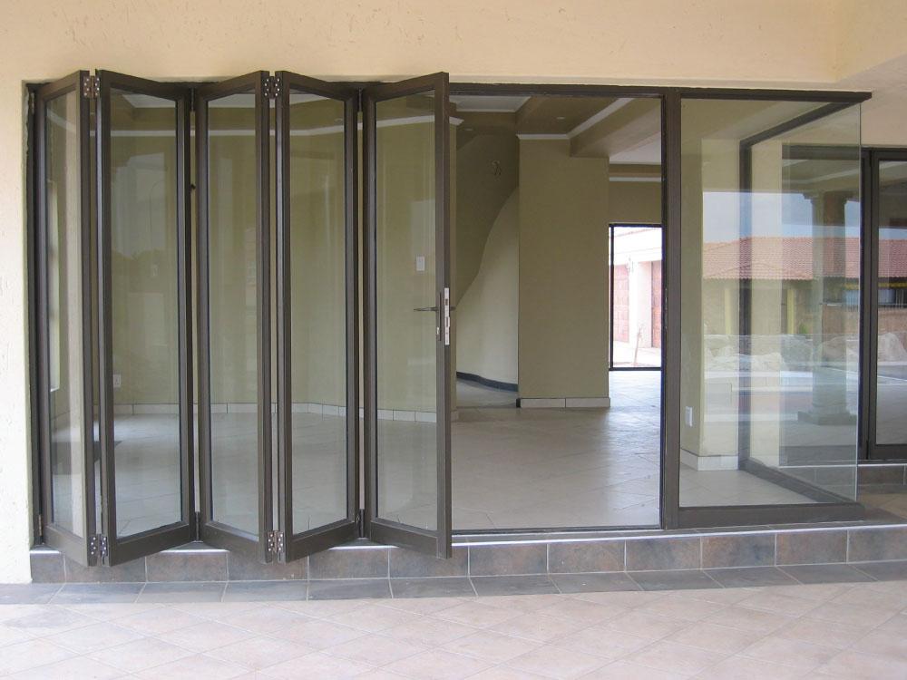 Folding Door - hillaldam.net