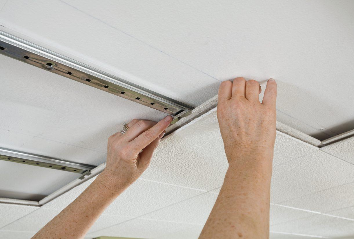 Cara Pemasangan Plafon Rumah - Yuk, Kenali Jenis dan Desain Plafon Rumah Beserta Cara Pemasangannya!