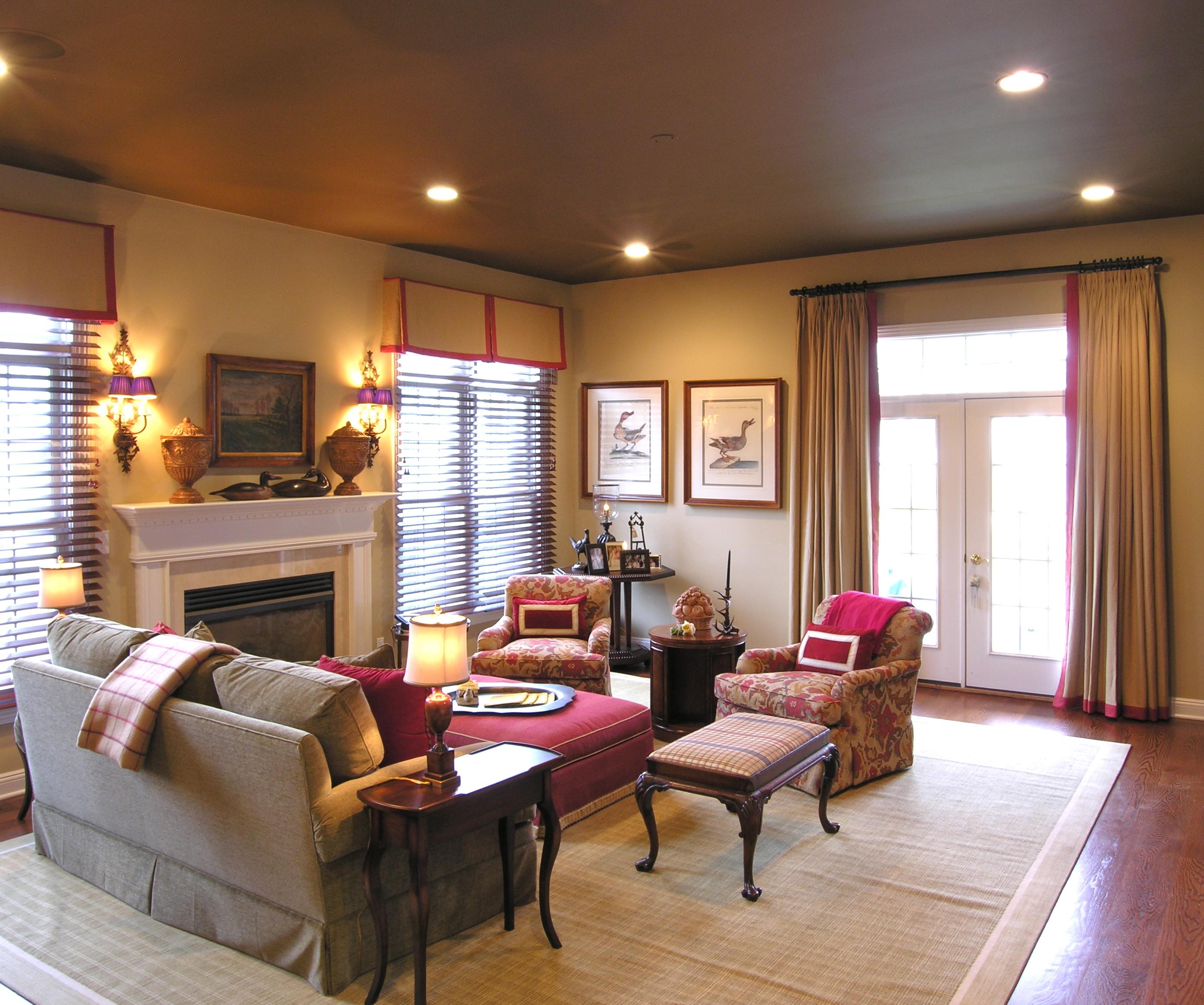 Beri aksen warna lembut pada area plafon - 5 Cara yang Dapat Dilakukan untuk Membuat Plafon Rumah Minimalis Tampak Elegan