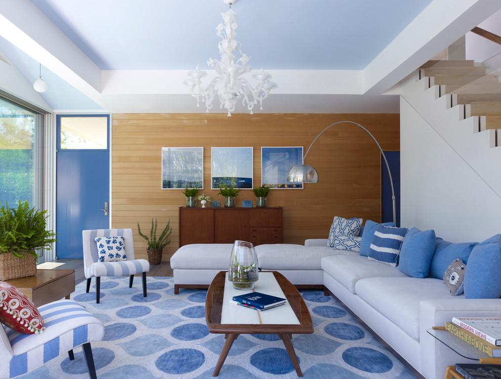 Warna cerah yang kontras pun cocok untuk konsep desain minimalis modern - 5 Cara yang Dapat Dilakukan untuk Membuat Plafon Rumah Minimalis Tampak Elegan