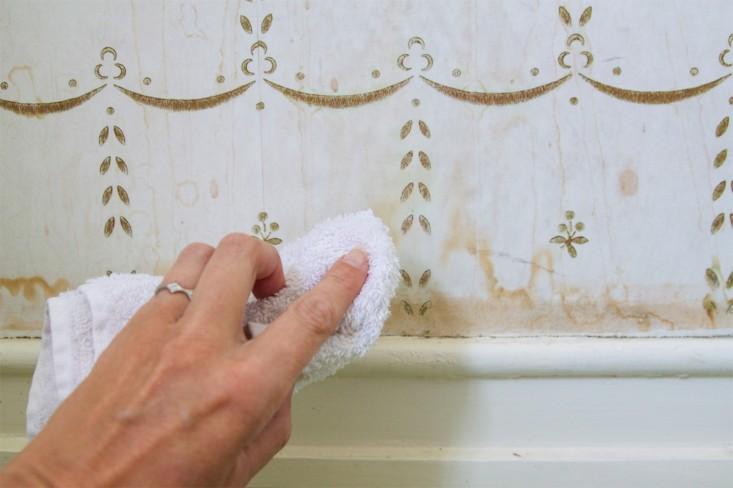 Mudah Dibersihkan dan Diganti - 15 Tips Memilih Motif Wallpaper Dinding untuk Rumah Minimalis Modern - remodelista.com