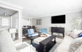 wallpaper-dinding-cocok-dengan-ruangan-tv
